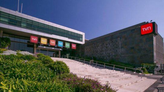 TVN rechazó detención de equipo periodístico