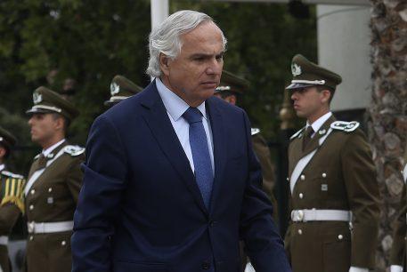 """Ministro Chadwick por chilenos detenidos en Venezuela: """"No tenemos confirmación de la deportación"""""""
