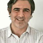 """Juan Manuel Vial, editor de Revista Cruciales: """"No creo que la pandemia vaya a causar un cambio radical en la especie humana"""""""