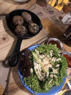"""Los Imperdibles: comida gourmet en tu casa con BeChef, la variedad de albóndigas del Cuatro Bocas y la serie """"The third day"""""""