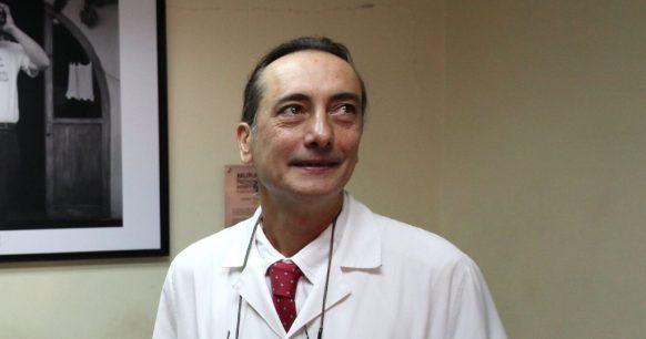 """Osvaldo Artaza, ex ministro de Salud : """"Ir a votar es de bajo riesgo"""""""