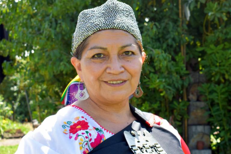 Elisa Loncón: Quién es la académica mapuche que liderará la Convención Constituyente