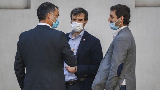 """IFE Universal: Chile Vamos pide al Gobierno extender beneficio """"para empatizar con los chilenos"""""""