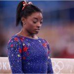 ¿Por qué Simone Biles se bajó de la final de equipos de los Juegos Olímpicos de Tokyo?