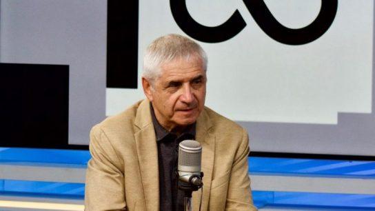 """Eugenio Tironi sobre cuarto retiro: """"Debería prohibirse que se resuelvan estos temas antes de elecciones"""""""