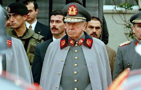 """Pinochet ya no es más """"hijo predilecto"""" de Arica: Decreto de 1974 fue derogado"""