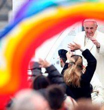 Papa Francisco sorprendió con inédito apoyo a comunidad LGBTIQ+