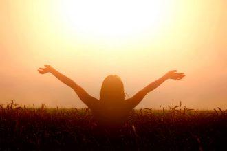¿Eres feliz? Chile bajó en ranking mundial sobre la felicidad