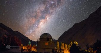 Una chilena fue distinguida por su lucha por preservar cielos limpios