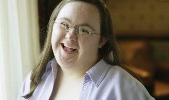 Mujeres Con Pasión: Paula Sage, Pasión por la actuación y el activismo