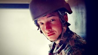¡Histórico! Ejército sumó por primera vez a sus filas a joven transgénero