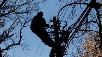 Tras último sistema frontal: CGE anunció que compensará a clientes afectados por prolongados cortes de luz