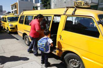 Vuelta a clases: Entregan recomendaciones para uso del transporte escolar