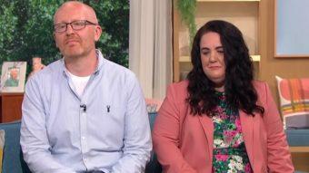 """""""Estoy orgulloso de que sepa quién es"""": Papá comprende y apoya a hijo trans de 4 años"""