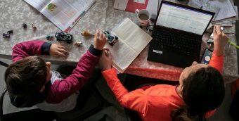 ¿Sentiste discriminación en el trabajo? Según estudio madres creen que las empresas prefieren contratar a mujeres sin hijos