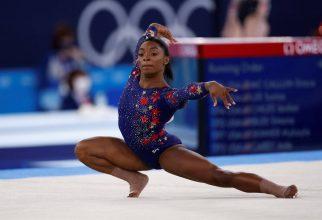 "La salud mental primero: Simone Biles se retira de prueba olímpica por ""demonios en su cabeza"""