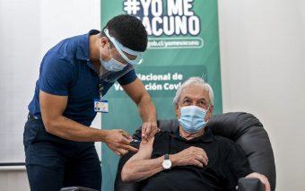 ¡Bravo por los chilenos! Presidente Piñera celebra el 80% de vacunados en el país