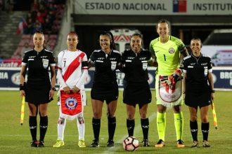 ¡Este empate vale! Mujeres y hombres tendrán iguales condiciones en el arbitraje FIFA en Chile