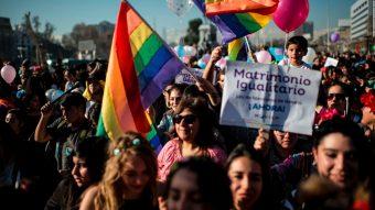 Un pasito más cerca de la justicia y la igualdad: Senado aprueba matrimonio igualitario