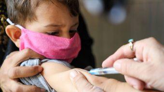 ¿Cuándo será? Expertos recomiendan vacunar contra el Covid a niños de entre 3 a 12 años