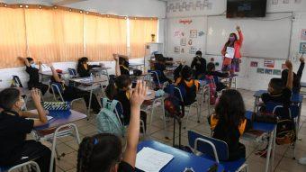 Coronavirus: Ñuñoa implementa sistema para medir el CO2 en sus salas de clases
