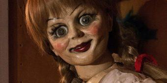 Empresa ofrece dinero para ver películas de terror durante 10 días