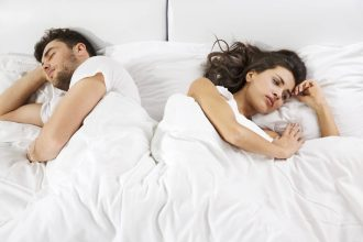 """56,2% de mujeres confesó tener encuentros sexuales con sus parejas solo """"por cumplir"""""""